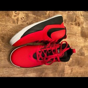 Nike Team Hustle D 9 Basketball Shoes